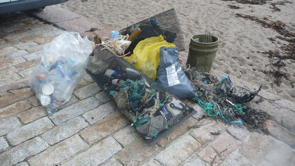 tracy Vibert plastics rubbish litter beach clean