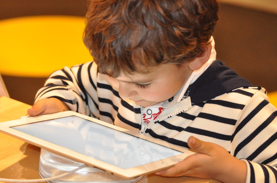 children iPad tablet technology online