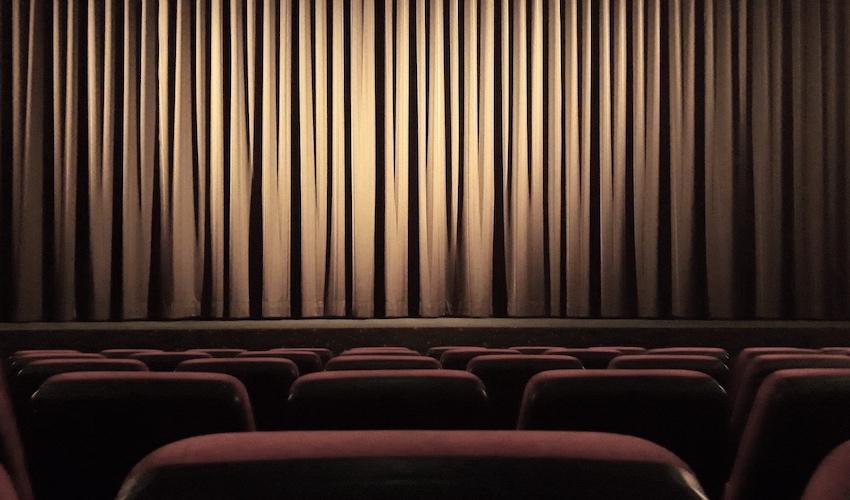 theatre_empty_stage.jpg