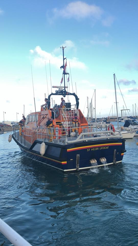 blessing_of_the_boats_interrupted_by_call_to_action_for_rnli_crew_1.jpg