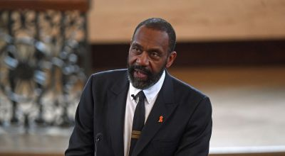 Sir Lenny Henry tells audience: I am Justin Trudeau