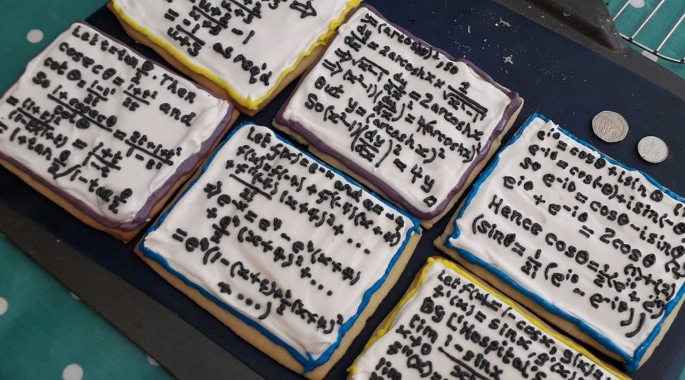 Teacher pipes complex maths on biscuits as leaving gift for students