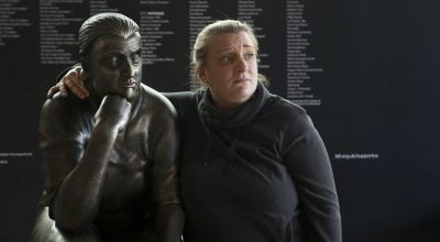 Kerry Mucklowe statue installed outside Swindon Football Club
