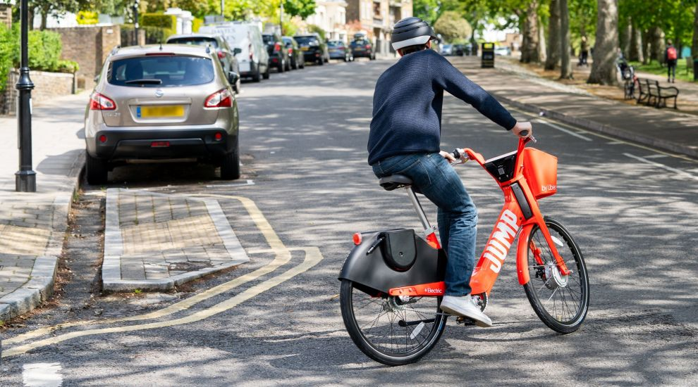 Uber gives NHS staff free rides on its Jump bike service in London