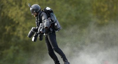Jet suit pilot will try to break his own world speed record