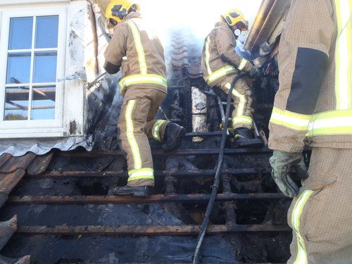 Dropped blowtorch causes roof blaze