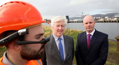 Belfast port workers don 5G headsets to live stream work to base