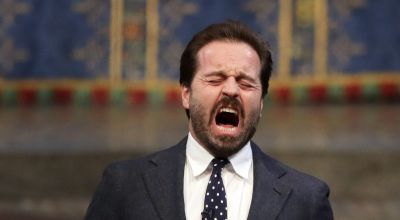 Alfie Boe joins musical theatre supergroup for song in appreciation of NHS
