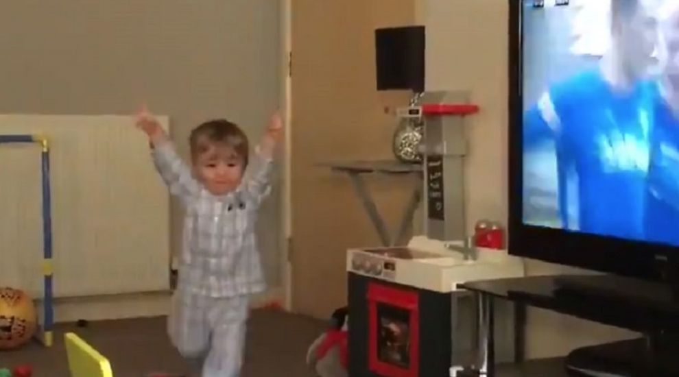 19-month-old Rangers fan goes viral with adorable goal celebration
