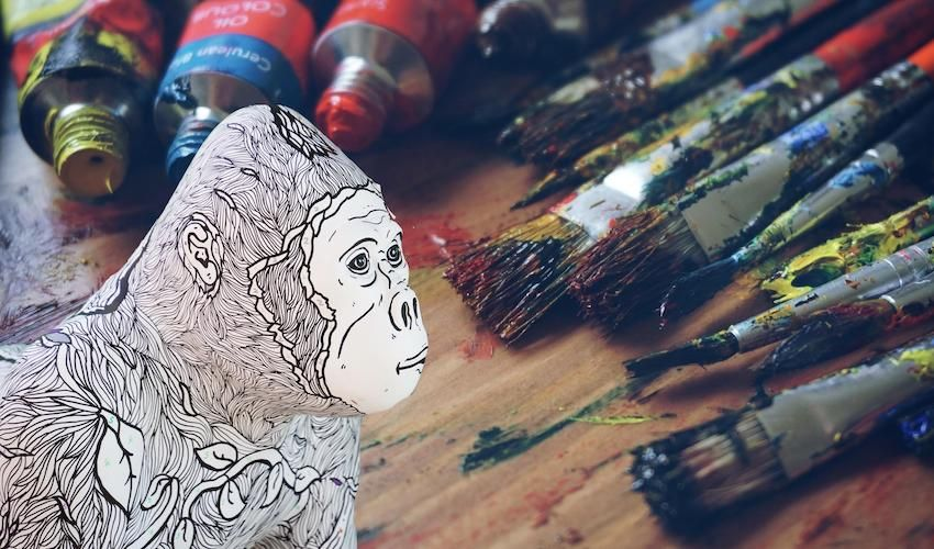 Paintbrushes at the ready! There's a gorilla in need of a makeover