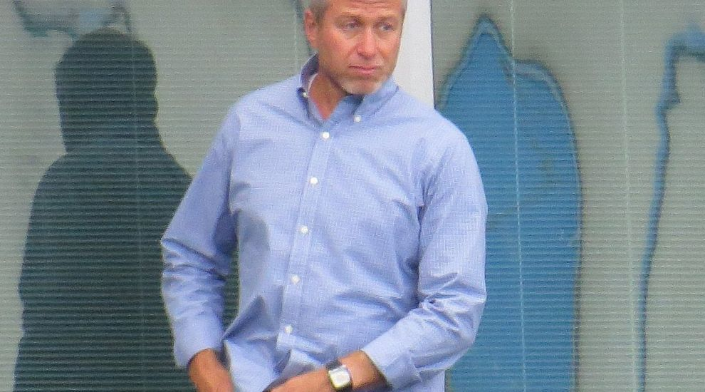 Abramovich turns to Israel amid visa difficulties