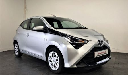 Aygo x-play 5dr Manual